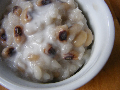 Che Dau Trang Coconut Milk Sweet Rice Bean Pudding ForkFingersChopsticks.com